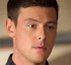 Fox postpones Glee premiere