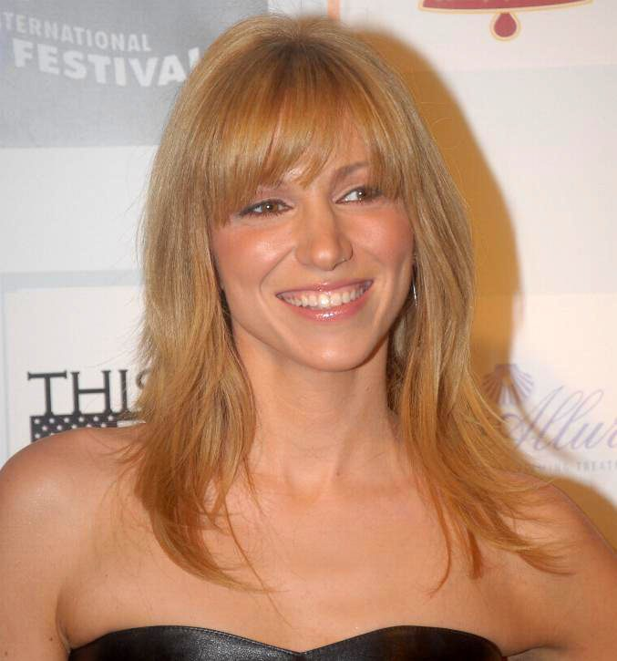 Debbie Gibson Reports Terrifying BOTOX Side Effects ...