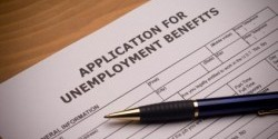 Applications for unemployment benefits increased to 304,000 last week