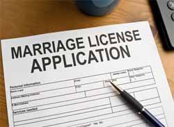 Judge issue gay marriage licenses