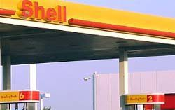 Gas Prices Fall to 2014 Lows, Expected to Continue Dropping