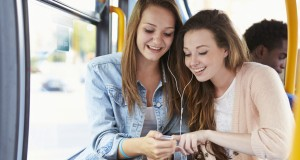 friends listening to music