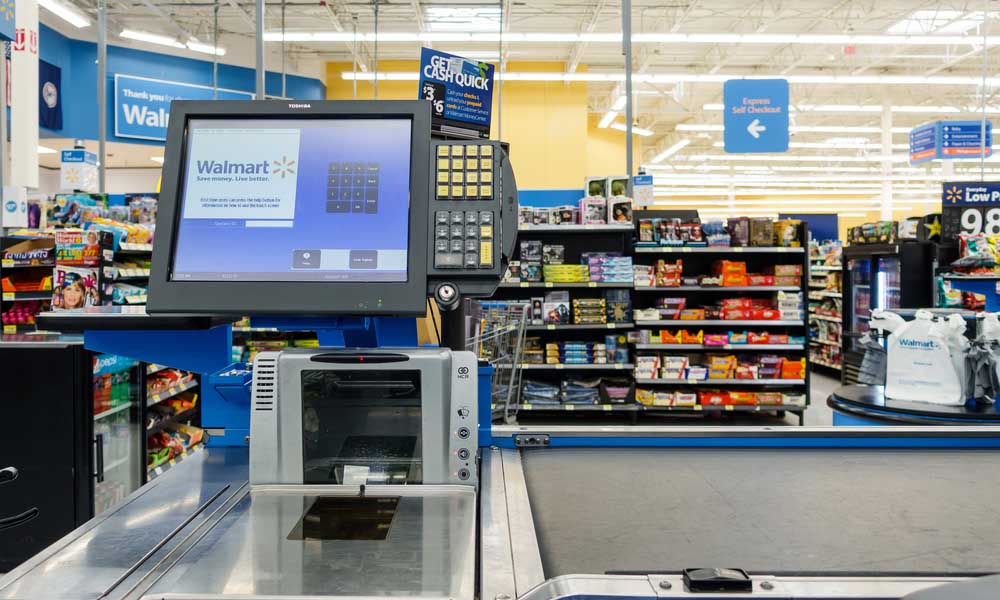 Wal-Mart headquarters set to make 'hundreds' of cuts