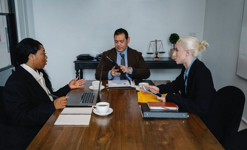 Meeting with agency people